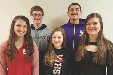 WAGNER QUIZ BOWL TEAM TO COMPETE