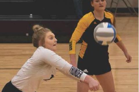 THUNDER VOLLEYBALL SEASON COMES TO AN END