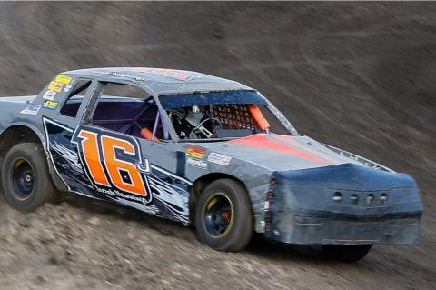 RACING ACTION BEGINS AT WAGNER SPEEDWAY