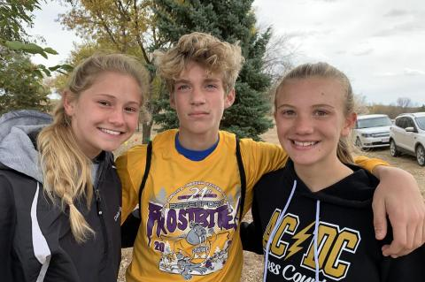 AC-DC THUNDER CROSS COUNTRY RUNNERS HEADING TO STATE