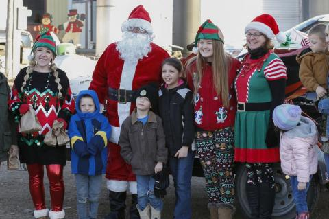 SANTA MAKES A STOP IN AVON