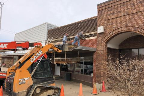 AVON COMMUNITY BANK MAKES WAY FOR FUTURE PLANS