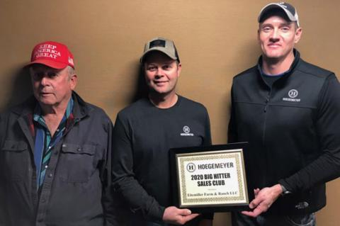 HOEGEMEYER HYBRIDS RECOGNIZES LOCALS WITH SALES AWARDS