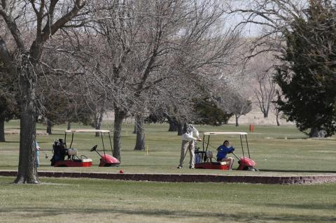 GOLFERS AND FISHERMEN TAKE ADVANTAGE OF BEAUTIFUL EASTER WEEKEND WEATHER