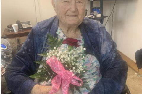 COMMUNITY PROVIDES FLOWERS FOR RESIDENTS