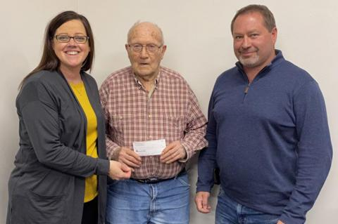 WOODS' DONATION RECEIVED BY WAGNER CEMETERY ASSOCIATION