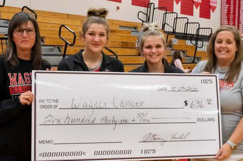 WAGNER VOLLEYBALL CELEBRATES SENIORS, 1,000 DIGS AND GIVING TO WAGNER CANCER GROUP