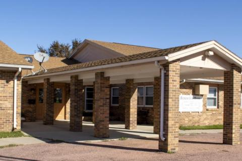 MEADOW VIEW MANOR APARTMENTS RAISING MONEY FOR BATHROOM RENOVATIONS