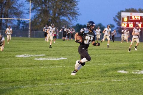 THUNDERHAWKS COME UP SHORT TO THE TRAPPERS